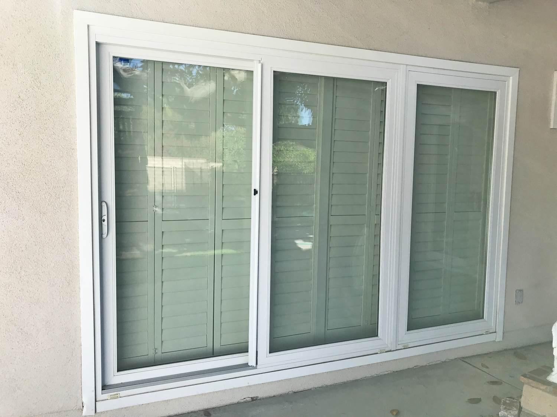 3-panel sliding doors v1