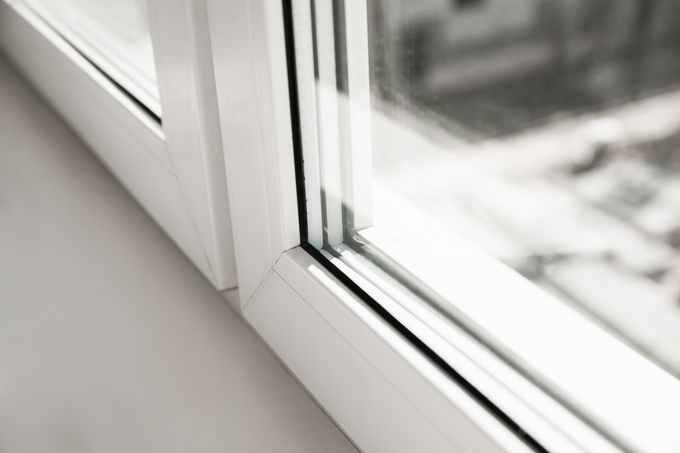 Replacement Window Frame - Are Vinyl Windows and Plastic Windows the Same